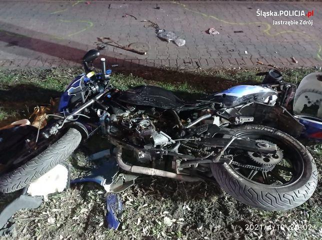 Jastrzębie-Zdrój. Po potrąceniu przez jeepa pasażer jednośladu poniósł śmierć.