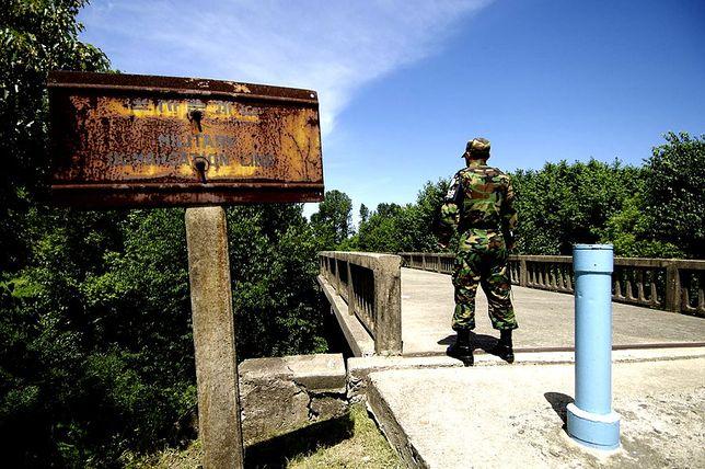 Jedyne takie miejsce na świecie - granica Korea Południowa/Północna, most bez powrotu