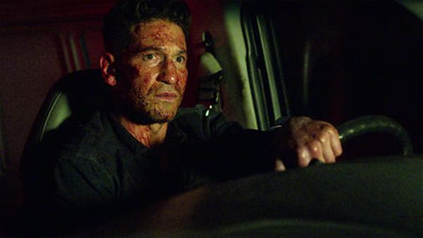 Marvel: The Punisher 02:01 – Przydrożny blues (Roadhouse blues)
