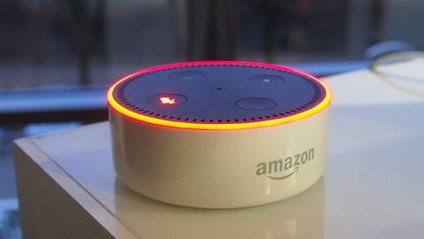 """Alexę obudzi słowo """"computer"""" – Amazon chce, byśpoczuł się jak w Star Treku"""
