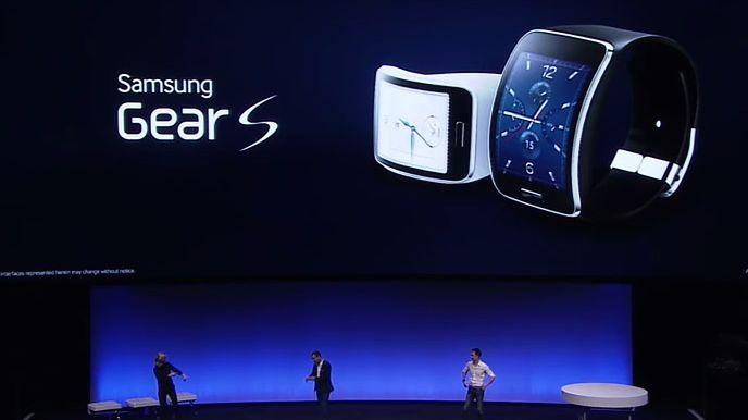 IFA: Samsung Gear S – inteligentny zegarek z wykrzywionym ekranem i modułem 3G