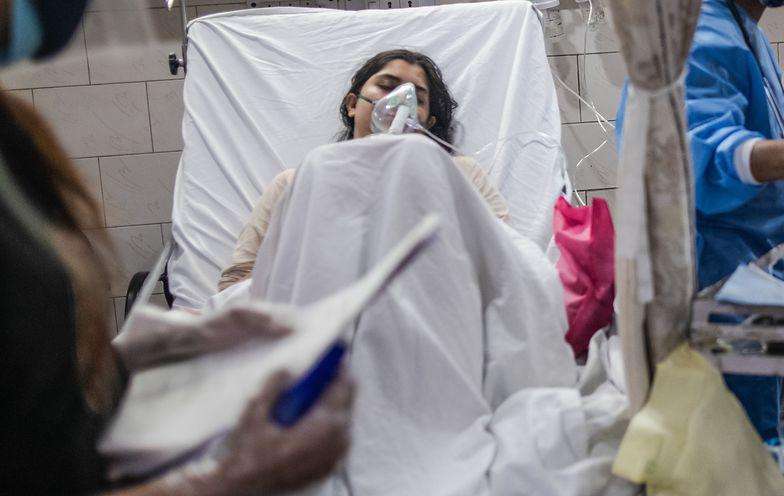 Pielęgniarz zgwałcił chorą na COVID-19. Zmarła kilka godzin później