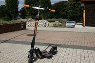 Airwheel Z5 — recenzja elektrycznej hulajnogi dla wysokich dorosłych