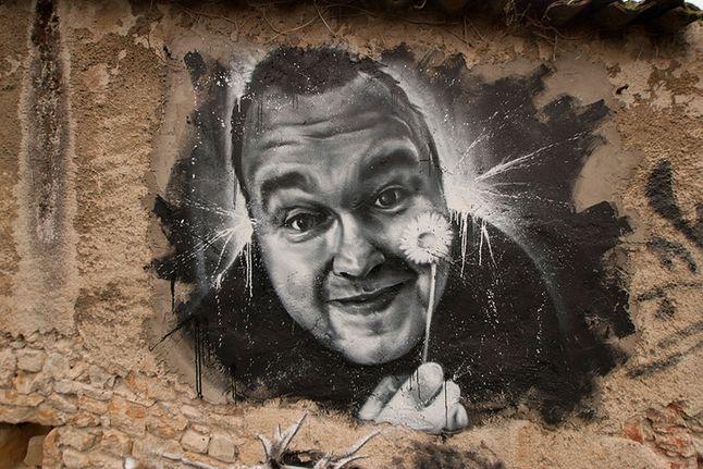Graffiti z Dotcomem w muzeum Abode of Chaos (źródło: Wikimedia)