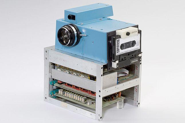 Pierwszy cyfrowy aparat fotograficzny, źródło: Kodak