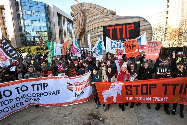 Lutowe protesty w Wielkiej Brytanii, globaljustice.org.uk