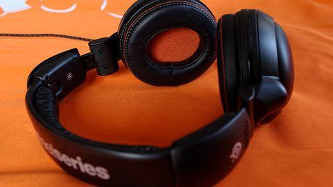 SteelSeries 5Hv3 — słuchawki gamingowe do grania w samotności