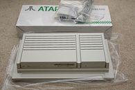 Atari TT - Atari TT. Nowa obudowa ułatwiała dostęp do wnętrza komputera choćnie wszystkim przypadła do gustu.
