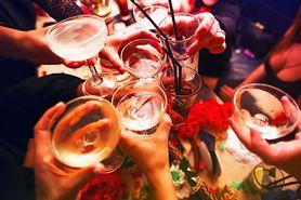 7 sygnałów świadczących o tym, że masz problemy z alkoholem