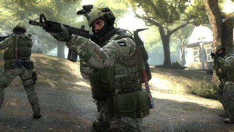 """Ukradł wirtualny nóż z gry """"CS:GO"""". Grozi mu nawet 8 lat więzienia"""