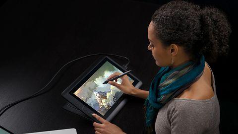 Tablet graficzny Wacom Cintiq 13HD aż o 700 zł taniej w promocji Akcja wymiany