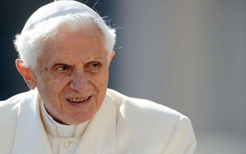 """Benedykt XVI pisze do Polaków. """"Kwitnie u was to, co w Niemczech już dawno zwiędło"""""""