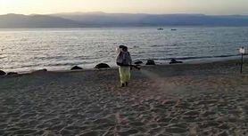 Włochy. Dezynfekcja plaż na Sycylii ma pokonać koronawirusa. WHO przeciwne