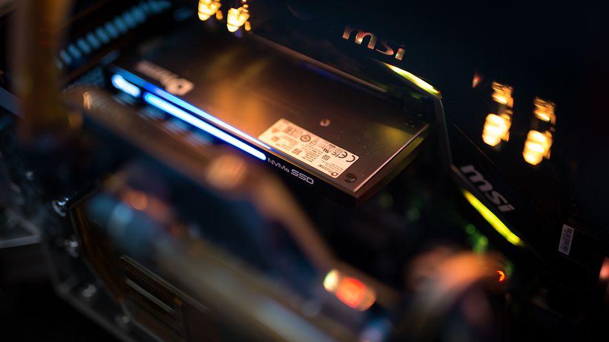 Ceny SSD wciąż spadają. SATA i PCIe już prawie się zrównały (fot. materiały prasowe)