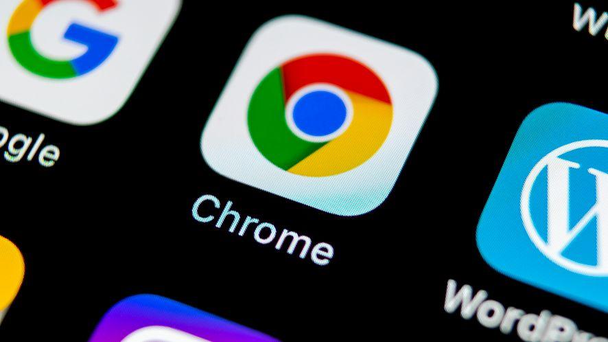 W mobilnej przeglądarce Chrome można testować nawigację gestami (depositphotos)