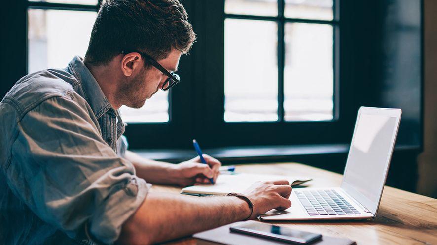 Człowieka jeszcze nie zastąpi, ale rezultaty są imponujące, fot. Shutterstock.com