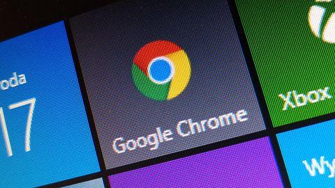 Google Chrome dostosuje się do ciemnego motywu Windows 10. Trwają prace nad integracją