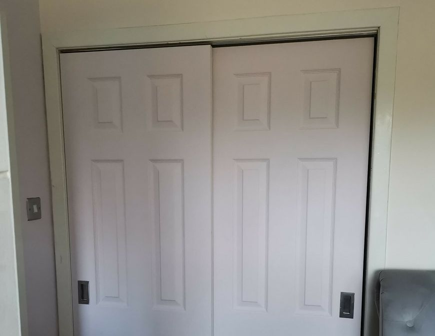 Drzwi do szafy przed metamorfozą