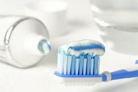 4 najczęstsze błędy podczas mycia zębów – jak ich uniknąć