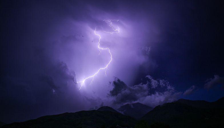 Gdzie jest burza? Ostrzeżenia IMGW. W środę pogoda znowu będzie szaleć
