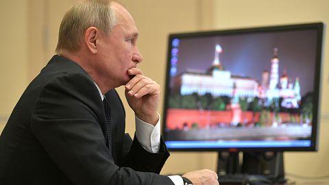 Władimir Putin dalej korzysta z Windows XP. I to prawdopodobnie z absurdalnego powodu