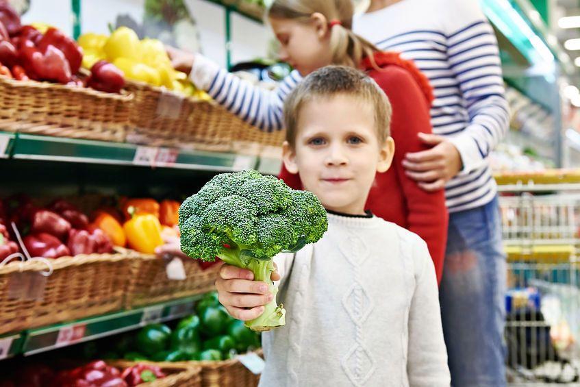 Brokuły: 2,5 g błonnika / 100 g