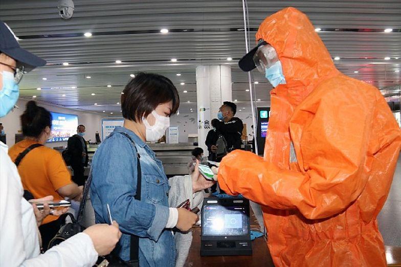 Koronawirus. Chiny apelują do świata. Mają niepokojący plan na walkę z COVID-19