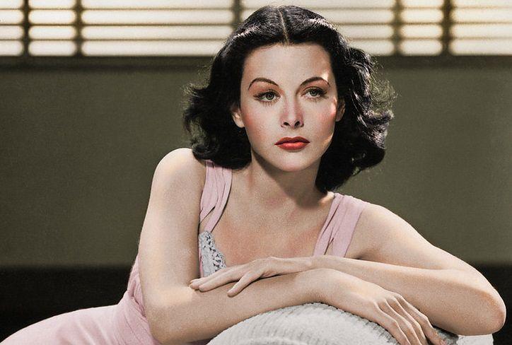 Hedy Lamarr. Hollywoodzka seksbomba, która została prekursorką komunikacji bezprzewodowej