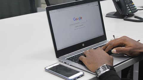 Google oskarżane o manipulację wynikami wyszukiwania. Ekspracownik przedstawia dowody