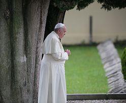 Papież Franciszek spędzi noc w szpitalu. Wkrótce przejdzie operację