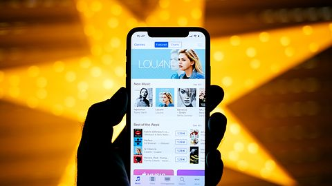 Czego brakuje pancernym smartfonom? Według Ulefone'a wyglądu iPhone'a X