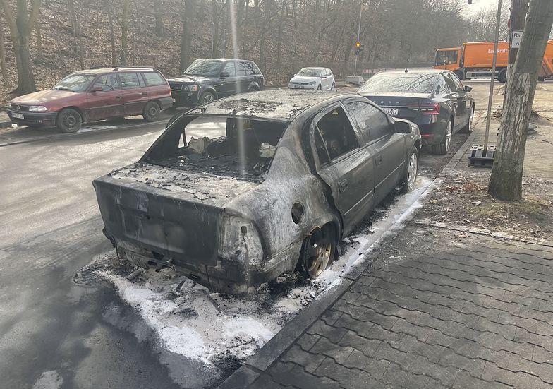 Niemcy. Podpalono auto pracownika polskiej ambasady