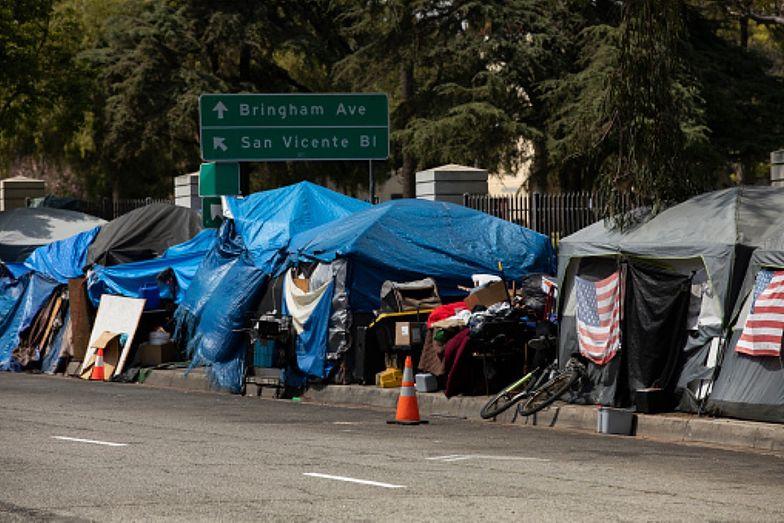 Mieszkańcy Seattle żyją w strachu. Bezdomni czują się bezkarni