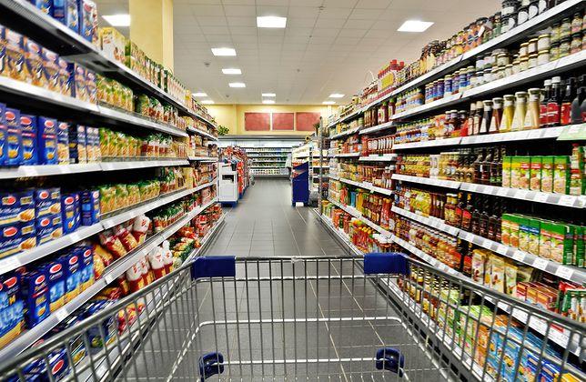 Niedziela handlowa przypada dopiero 25 listopada. Jutro największe supermarkety będą nieczynne.