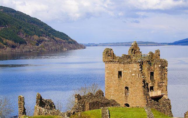 Urquhart - potwór z Loch Ness