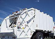Więcej nielegalnych odpadów - prognozy branży po wejściu w życie ustawy śmieciowej