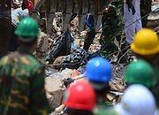 Bilans ofiar zawalenia się fabryki przekroczył 400