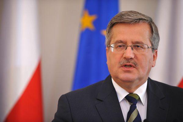Prezydent Bronisław Komorowski przyjął zaproszenie na rocznicę Majdanu
