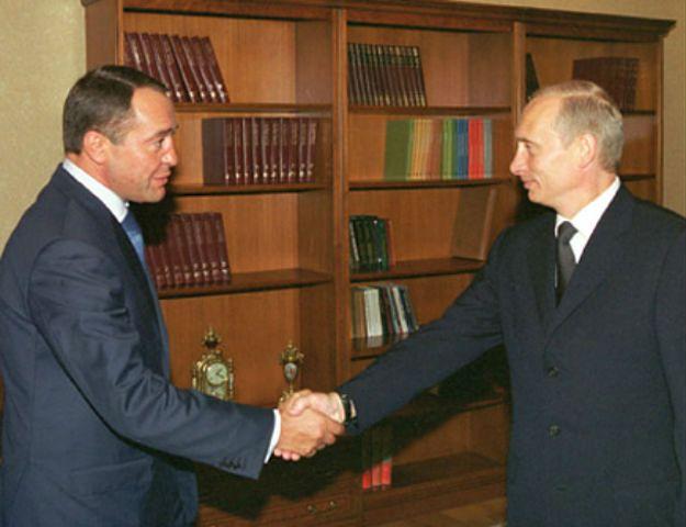 Już wiadomo, jak zmarł Michaił Lesin, b. minister Putina