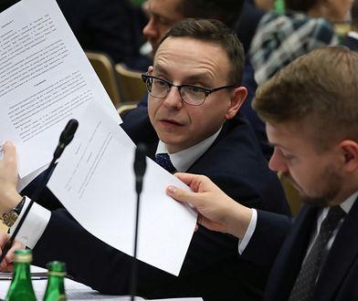 Nocne posiedzenia Sejmu zgodne z prawem. Najgorzej mają szeregowi pracownicy