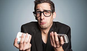 """Nietrudno znaleźć w internecie informacje na temat zalet i mocnych stron najnowszych smartfonów. A co z ich słabościami? Serwis Fixya postanowił to zbadać, pytając się użytkowników tych urządzeń o to, z czym mają oni największe problemy. Wybrano w tym celu najpopularniejsze skargi na topowe modele smartfonów dostępnych na rynku. Z bliska przyjrzano się Galaxy S4, iPhone'owi 5S, Moto X i HTC One.Polecamy w  wydaniu internetowym chip.pl: """"Na co najbardziej narzekają użytkownicy topowych"""""""