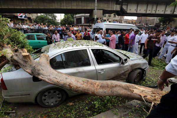 Trzy osoby zginęły w zamachu w centrum Kairu