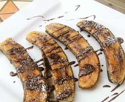 Przepis na banany z grilla z czekoladą. Prosty deser w 10 minut