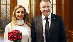 Romantyczny i bardzo drogi wyjazd Kurskich. Fakturę wystawiono na TVP
