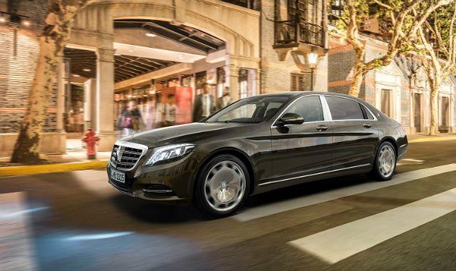 Luksus ma się świetnie. Drogie samochody biją rekordy sprzedaży