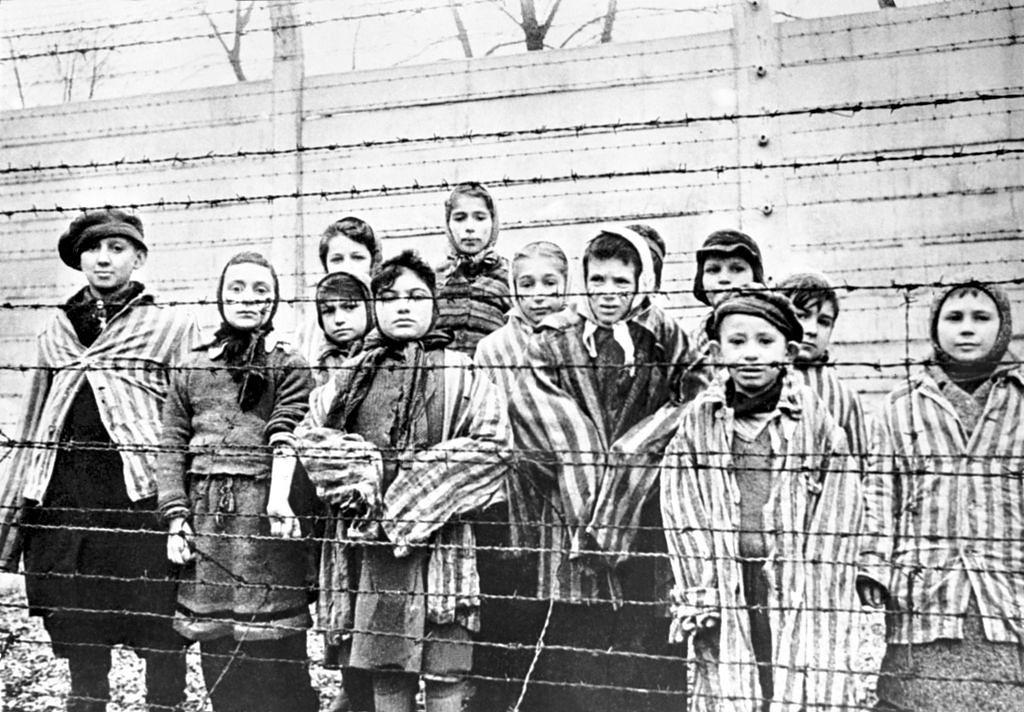 Auschwitz. Ocalone dzieci