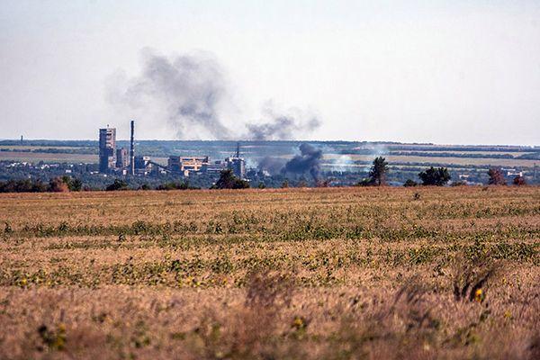 Ukraińskie siły rządowe wycofały się z lotniska w Ługańsku