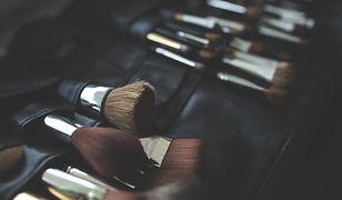 Jak myć pędzle do makijażu? Najlepsze sposoby czyszczenia pędzli