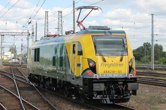 Nowe, polskie lokomotywy na torach. Mają dwa różne silniki i potężną moc