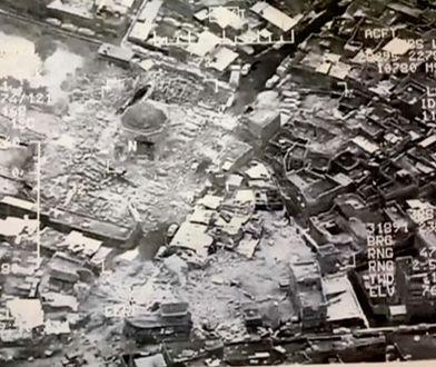 Dla ISIS nie ma świętości. Islamiści zburzyli meczet, żeby ukryć swój upadek